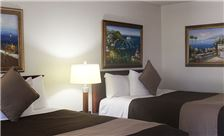 O'Cairns Inn & Suites - Two Queen Bed Guest Room